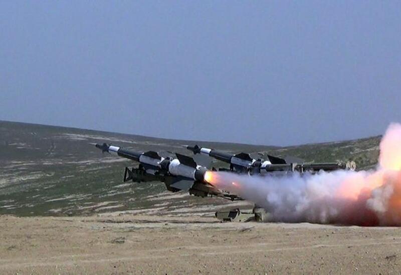 Зенитно-ракетные войска провели учения с боевой стрельбой