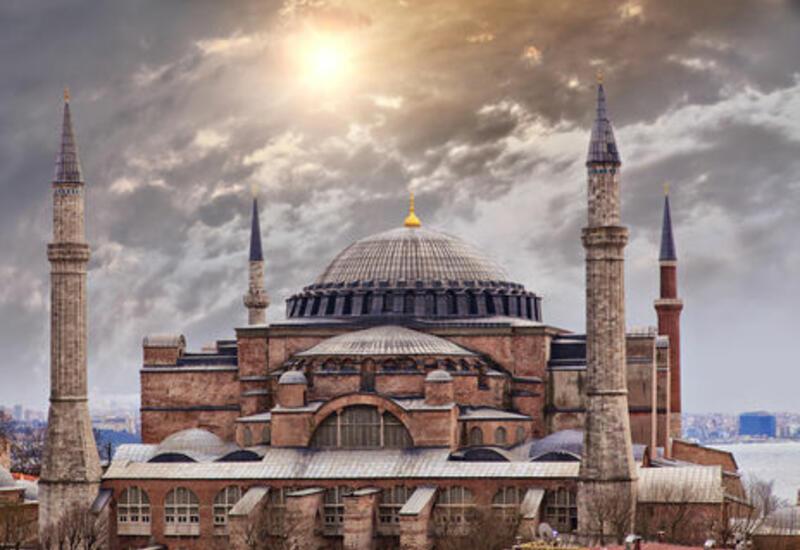 В Айя-Софии прошел первый с 1934 года намаз в Рамазан