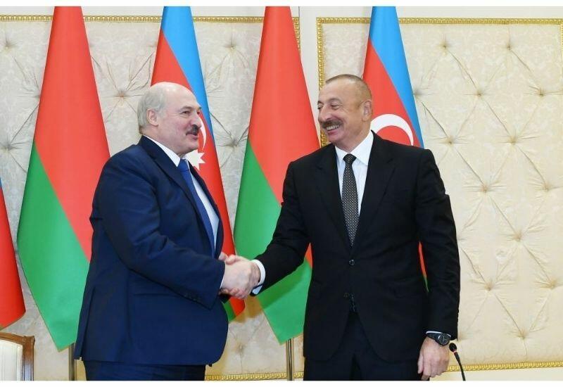 Александр Лукашенко: Если Президент своего ребенка в Баку отдает в вуз, значит, это вуз достойный