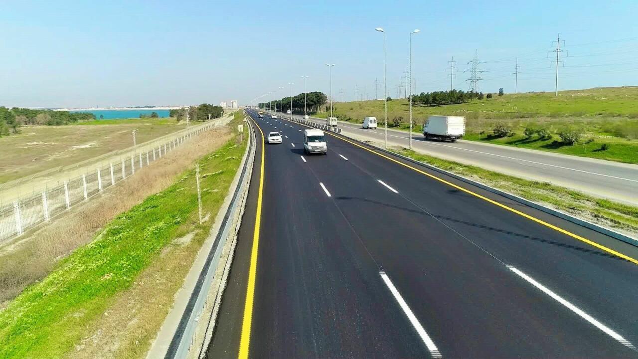 Завершена часть ремонтных работ на автодороге Баку-Губа