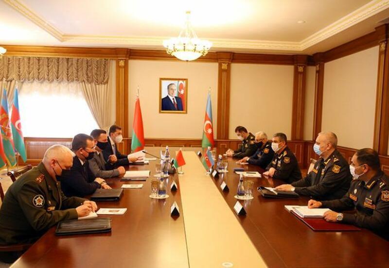 Баку и Минск обсудили развитие военно-технического сотрудничества