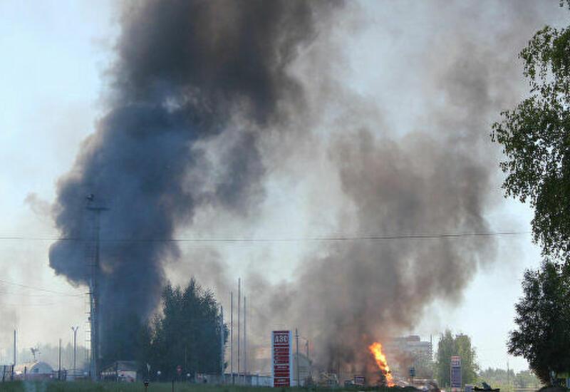Сильный пожар на АЗС в России