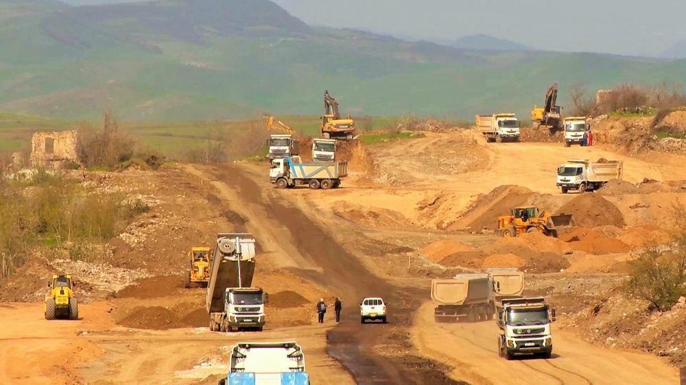Назван срок завершения строительства «Дороги Победы» в Шушу