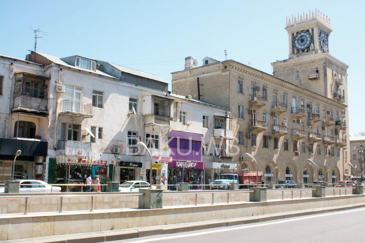 В одном из районов Баку начался снос домов