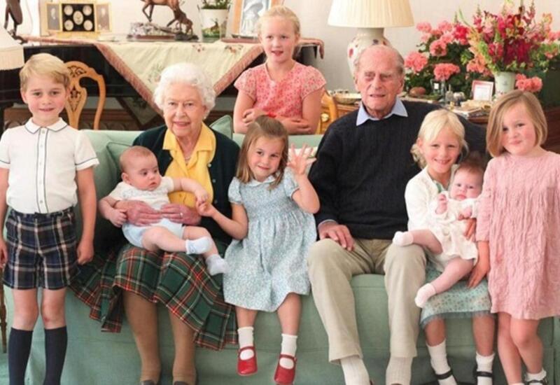 Опубликованы редкие фото принца Филиппа в кругу семьи