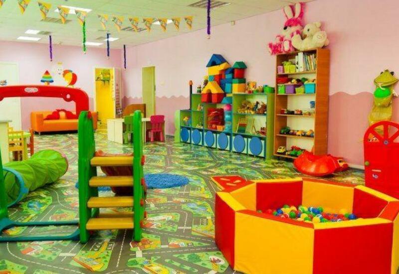 В Баку заведующая детсадом заставляет выходить на работу сотрудников, заболевших COVID-19?
