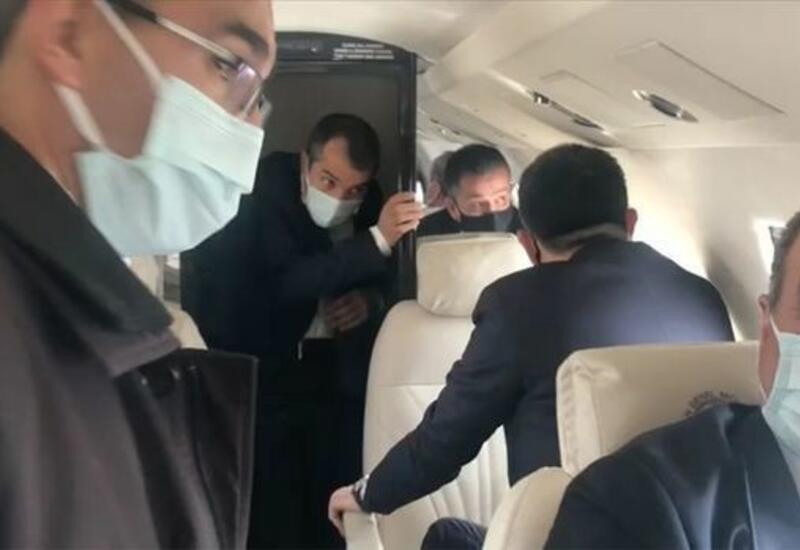 В Турции самолет с министром совершил аварийную посадку