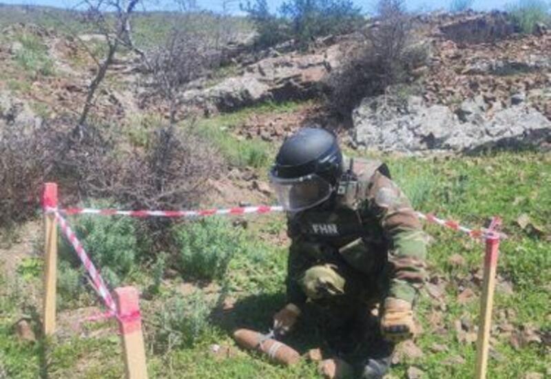 В Баку обнаружен артиллерийский снаряд