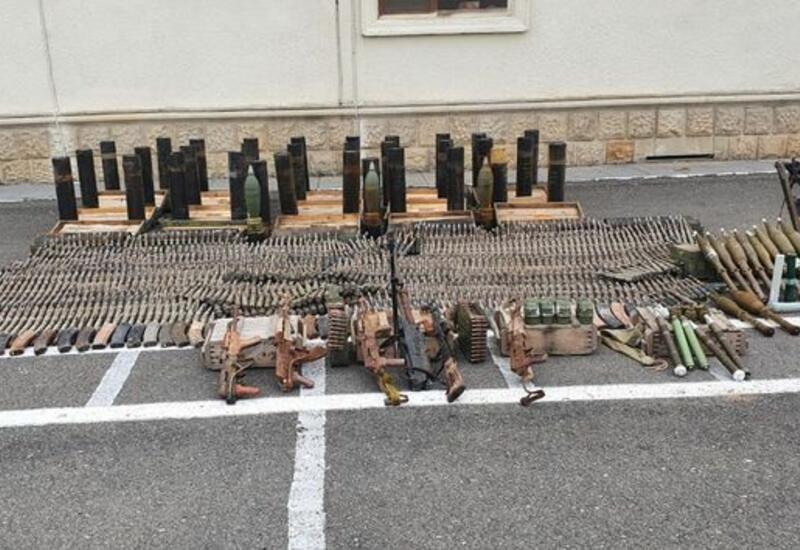 В Физули обнаружили оружие и боеприпасы