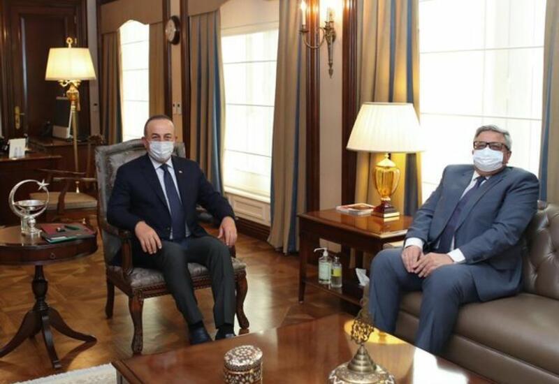 Мевлют Чавушоглу встретился с послом России