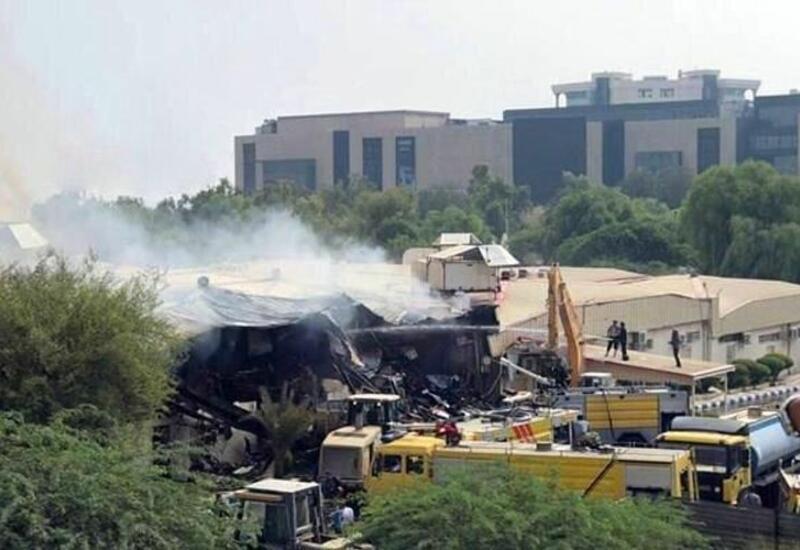 Пожар в мебельном цехе в Тегеране