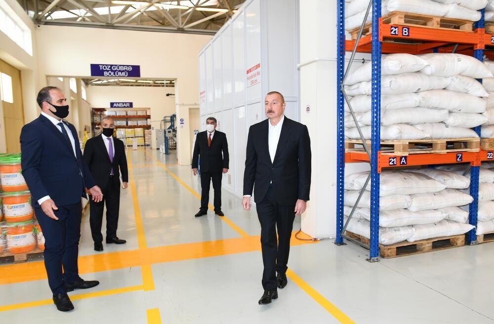 Президент Ильхам Алиев принял участие в открытии Гаджигабульского промышленного квартала