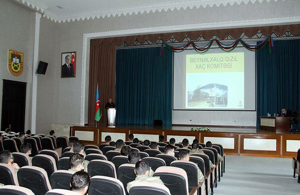 Проведен семинар для курсантов военного училища