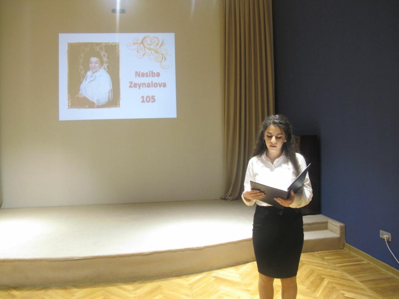 В Баку почтили память Насибы Зейналовой