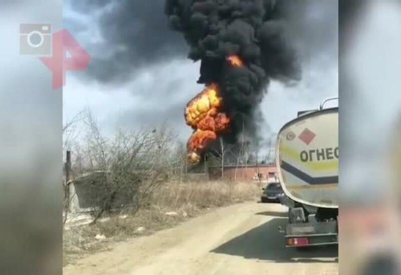 В России взорвался бензовоз