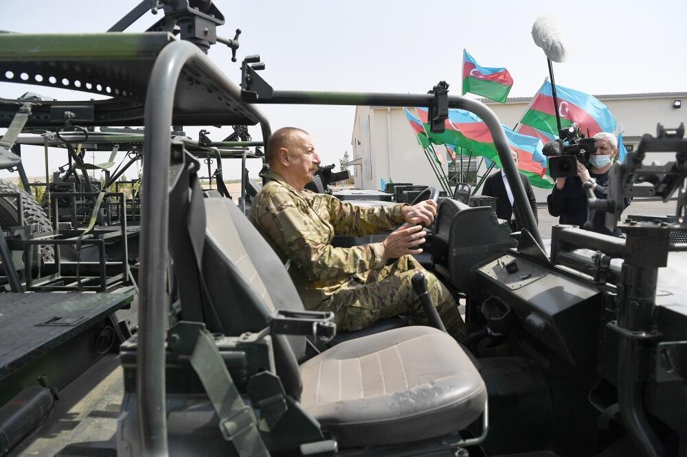 Президент Ильхам Алиев и Первая леди Мехрибан Алиева приняли участие в открытии воинской части в Джебраиле