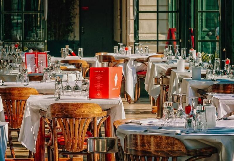 В Азербайджане в 9 ресторанах выявлены нарушения