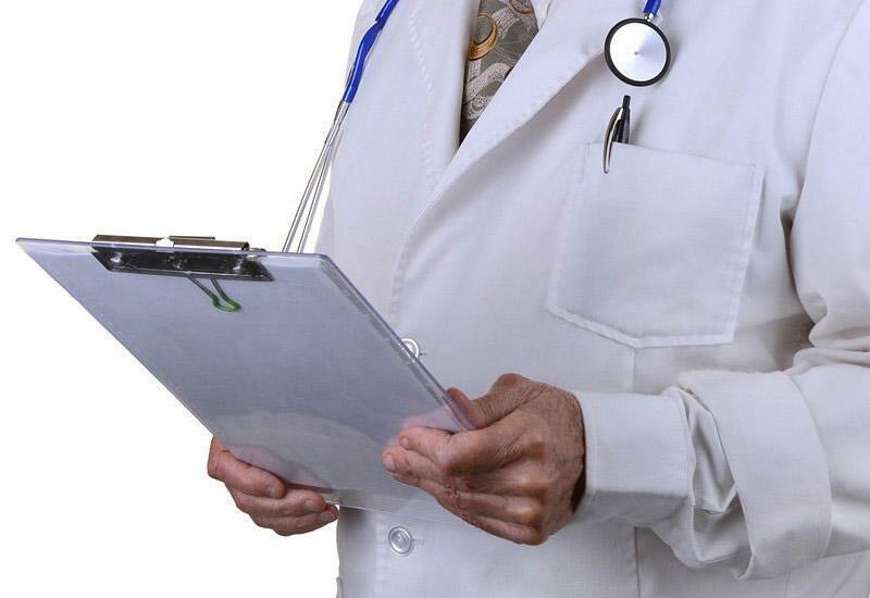 В Барде больной коронавирусом врач принимал пациентов