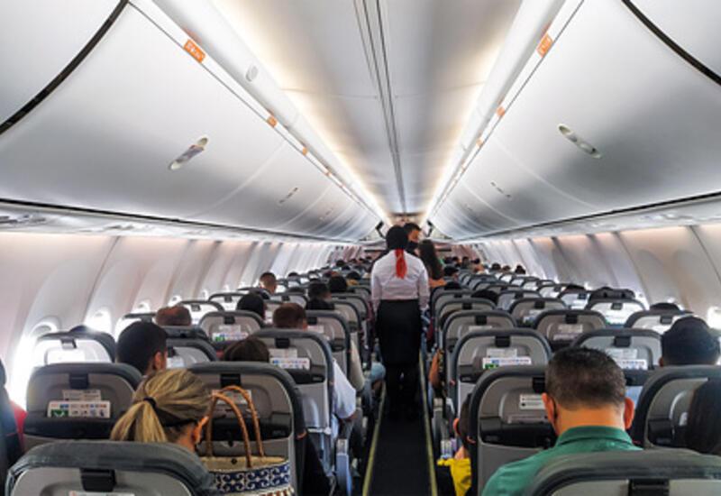 Выявлен риск заражения коронавирусом при посадке в самолет
