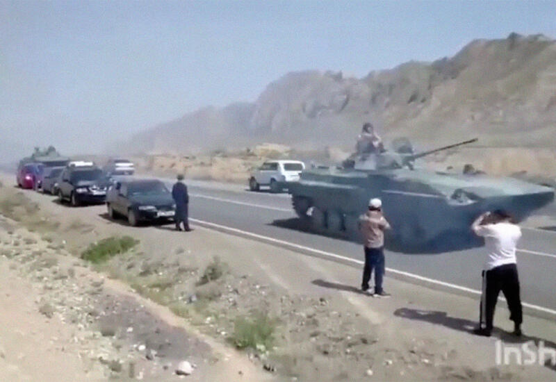 В Киргизии из-за конфликта на границе пострадали 80 домов, две школы и детсад