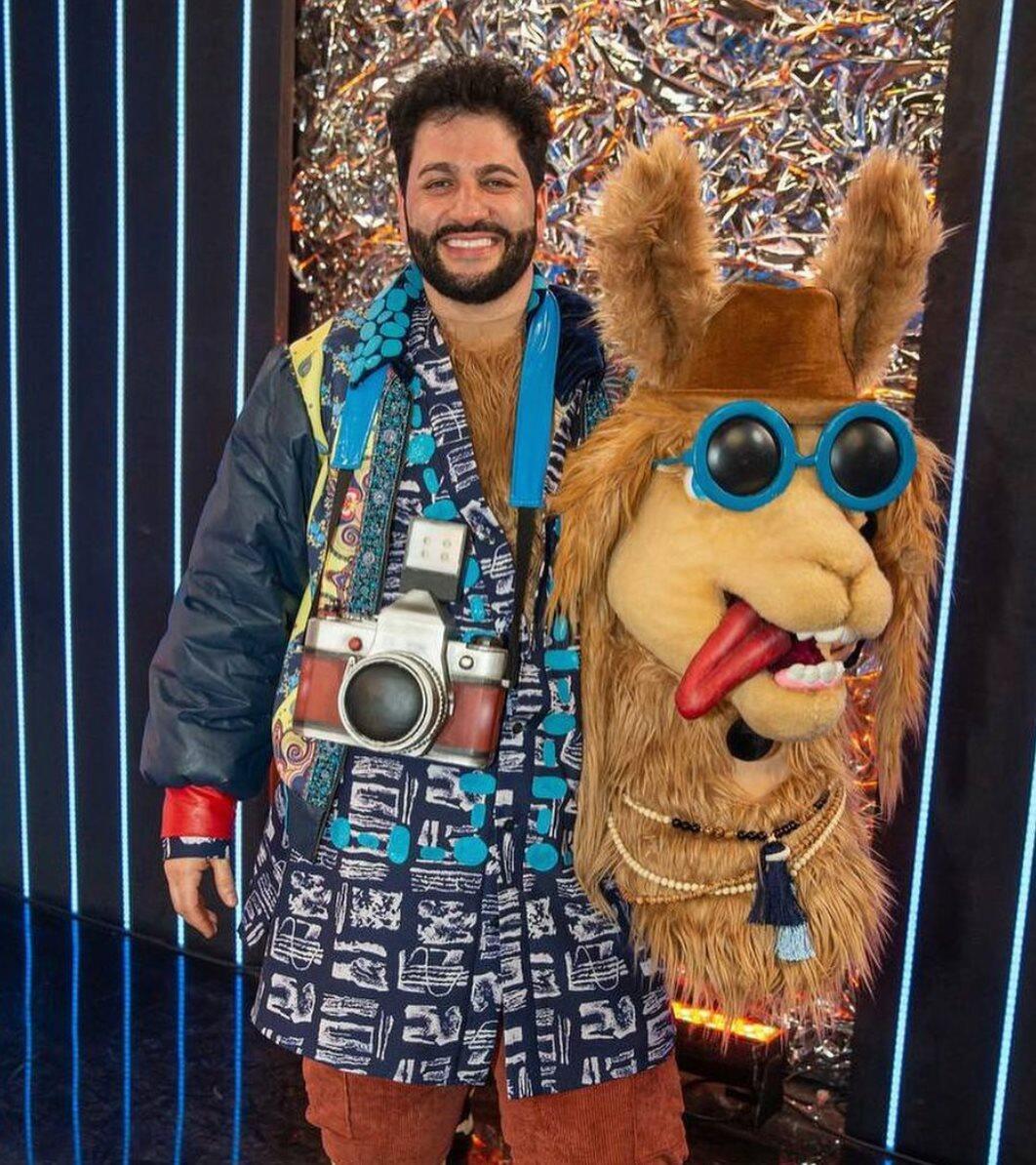 Под маской ламы в шоу на НТВ оказался народный артист Азербайджана