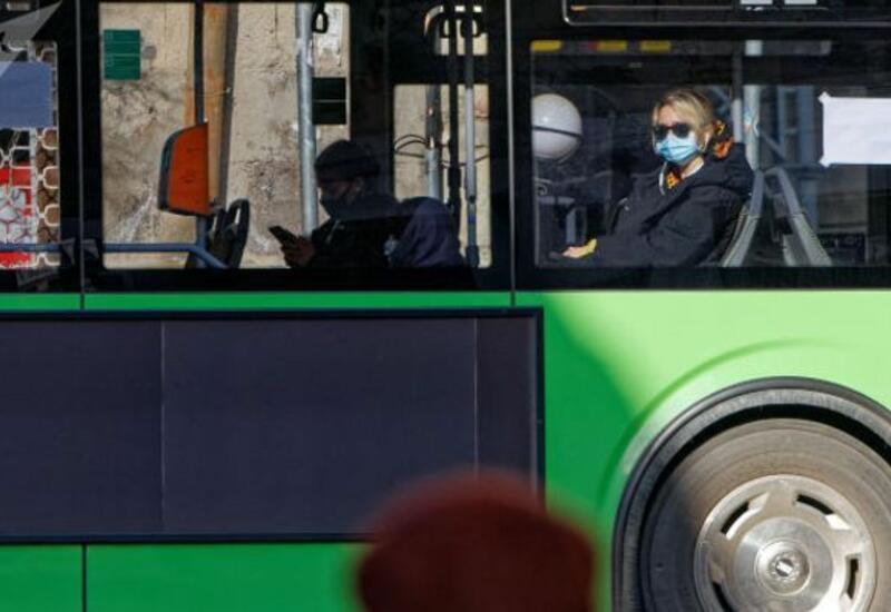 В Грузии приостановлена работа общественного транспорта
