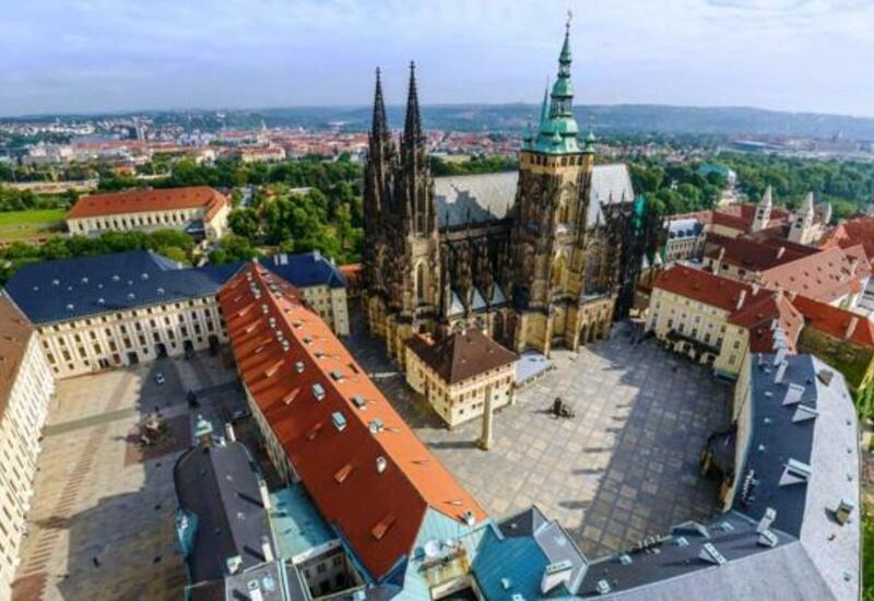 В Чехии открыли для туристов комплекс Пражский град