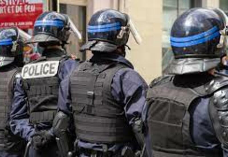 Во Франции на первомайских манифестациях задержали десятки людей