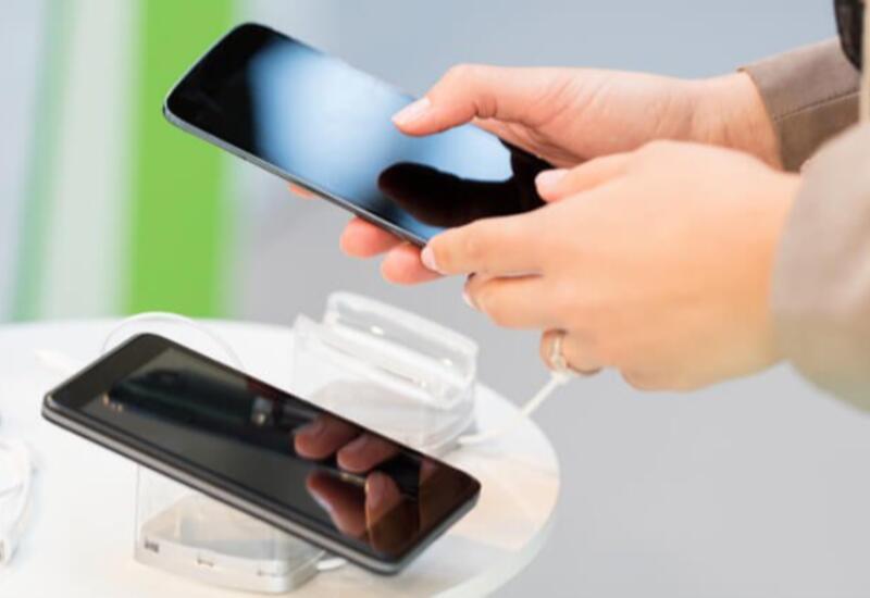 В Азербайджане выросли доходы от услуг мобильной связи и информации