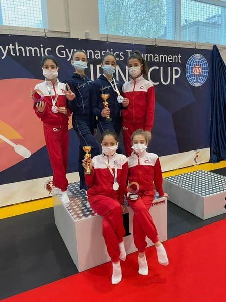 Азербайджанские спортсменки завоевали три медали на международном турнире по художественной гимнастике в Польше