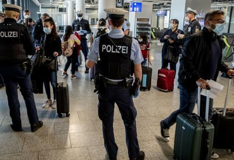 Страны ЕС хотят пускать на свою территорию вакцинированных туристов