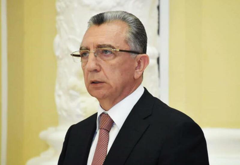 Эльдар Азизов раскритиковал главу Сабунчинского района