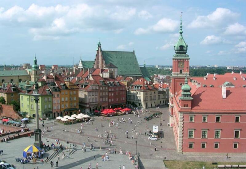 В Польше возобновляют работу торговые центры и музеи