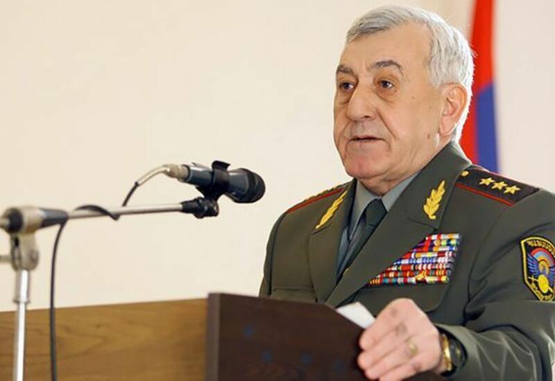 Экс-министру обороны Армении изменили обвинение