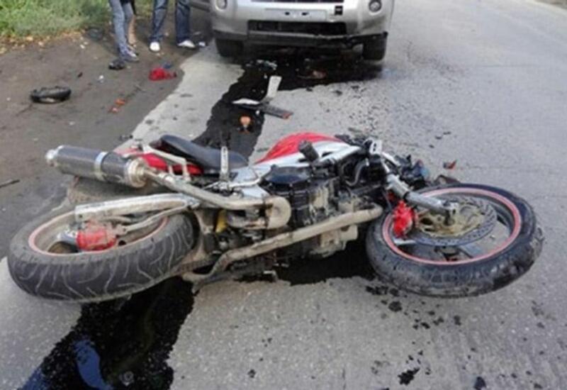 В Баку произошла авария