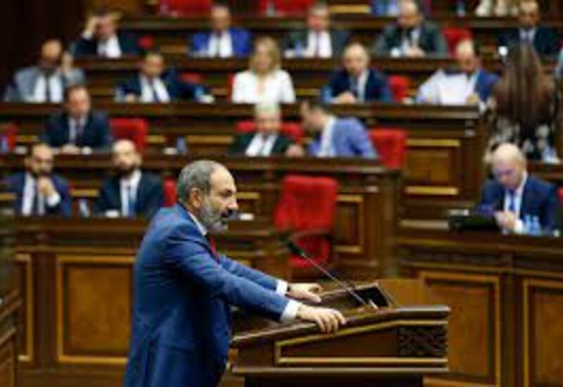 Армения: Предвыборный театр абсурда