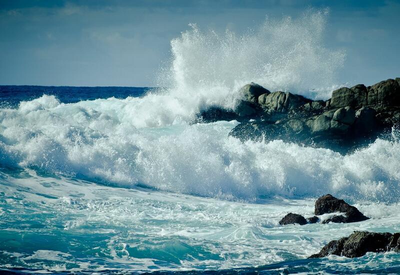 Высота волн на Каспии достигала 4,5 метра