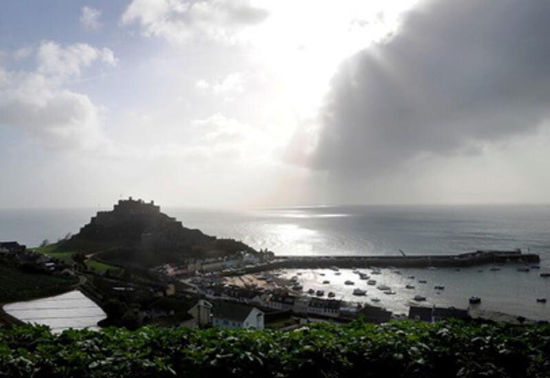 Британия направит 2 корабля в Ла-Манш после угроз Франции