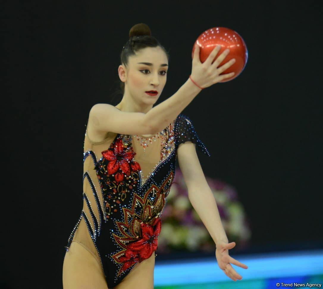 В Баку стартовал первый день соревнований Кубка мира по художественной гимнастике