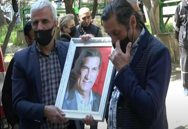 """Ариф Гулиев похоронен на кладбище """"Гурд Гапысы"""""""