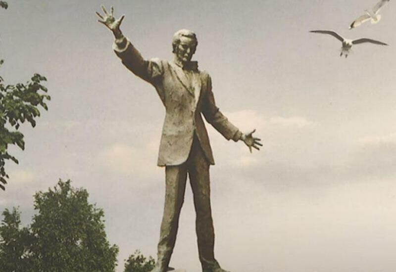 В Баку устанавливается памятник Муслиму Магомаеву