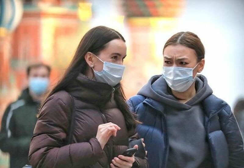 Власти Польши разрешили не носить маски на улице