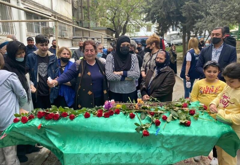 В Баку проходят похороны Арифа Гулиева