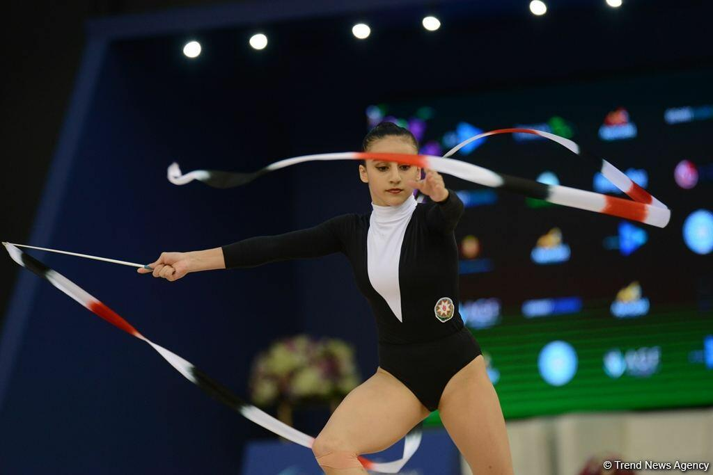 Кубок мира в Баку: результаты выступлений азербайджанских гимнасток в упражнениях с булавами и лентой