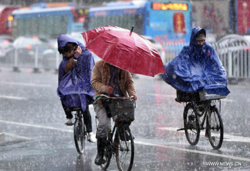 В Китае более 70 тыс. человек оказались в зоне бедствия