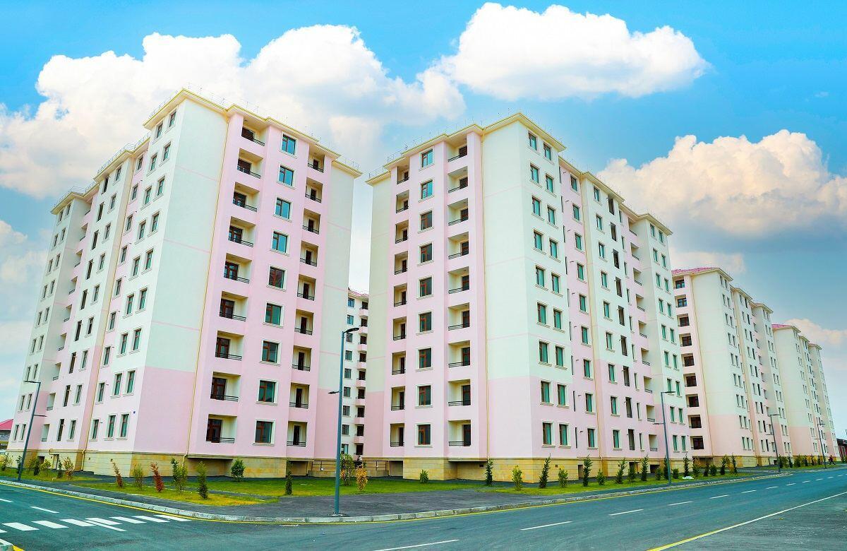 Семьям шехидов и инвалидам войны в Баку предоставили еще 40 квартир