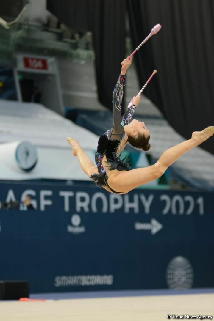 В Баку стартовал второй день соревнований Кубка мира по художественной гимнастике