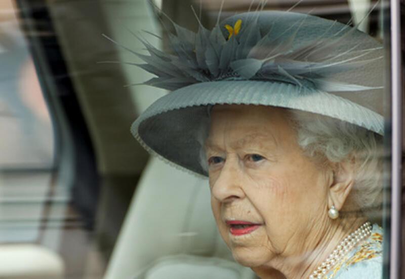 Британская королева призвала изменить законы из-за врагов страны