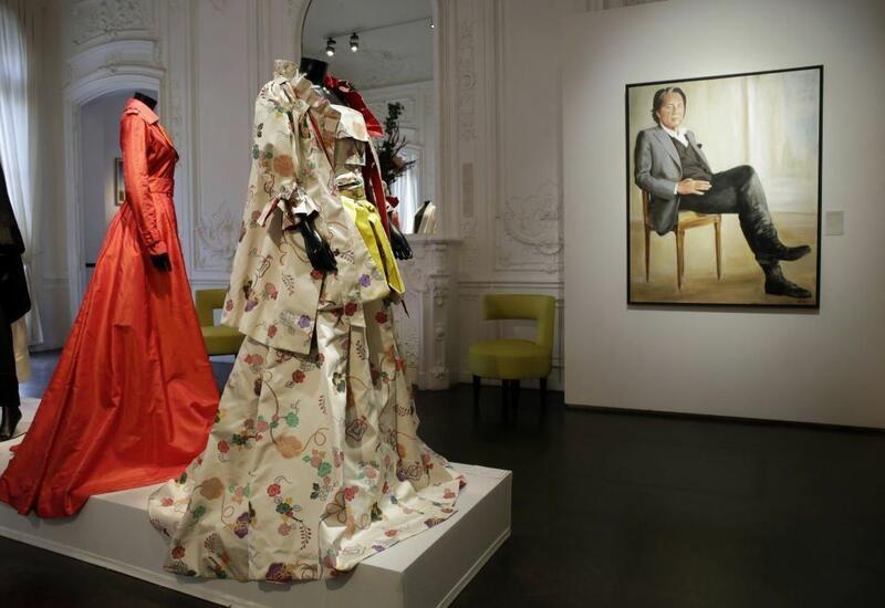 Личную коллекцию модельера Кэндзо Такады продали с аукциона в Париже почти за €2,5 млн