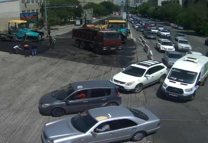 На одном из проспектов столицы образовалась крупная пробка